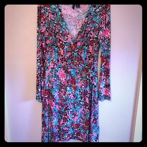 Paraphrase Dress Size L Ties on one Side Floral💕